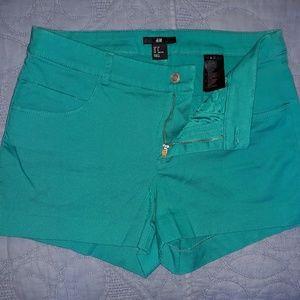 H&M shorts, size 8. Excellent condition